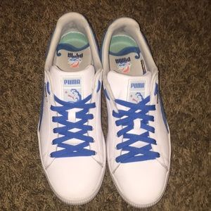 Pink Dolphin Puma Clyde's